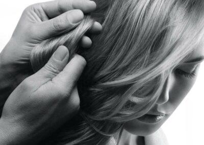 Strapaziertes Haar bei CreaStile behandeln lassen